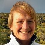 Dr Amanda Churchill